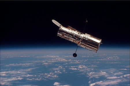 How Does Telescope Work In Space
